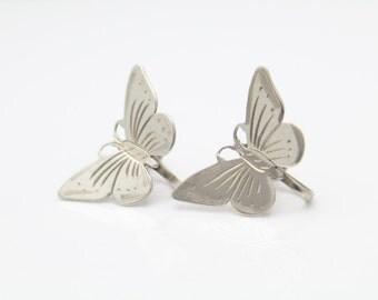 Vintage Butterfly Screw-Back Earrings in Sterling Silver. [9700]