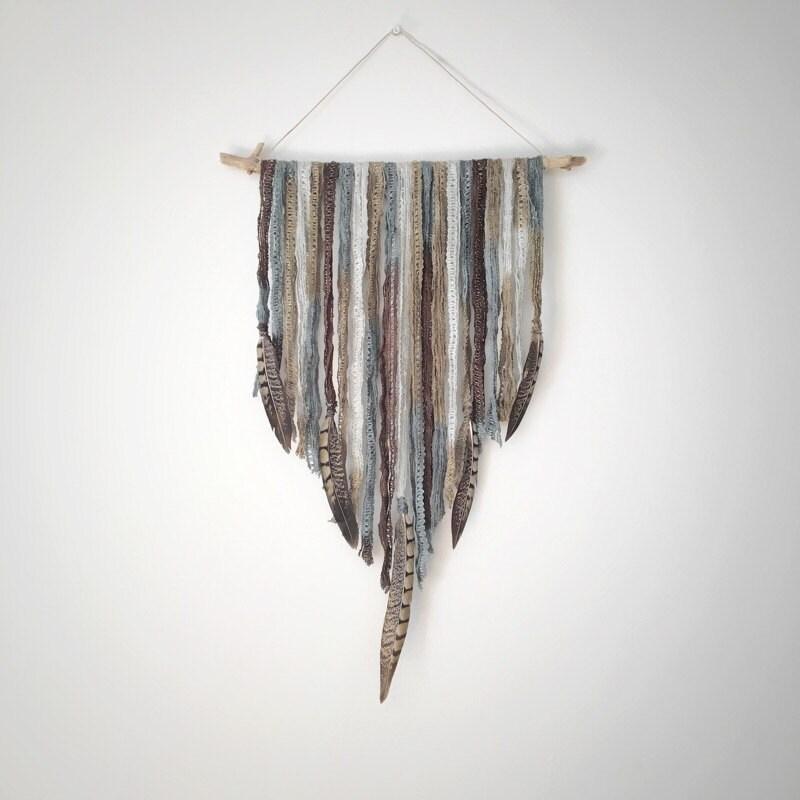 Boho wall hanging feather wall hanging boho decor for Boho wall decor