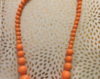 ORANGE CREAM SICLE // Single Strand Circle Bead 1980s Necklace