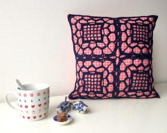 crocheted cushion/pillow cover