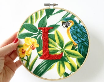Letter embroidery hoop