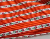 Vintage Fabric Lovely Pattern Original Old Stock 60s 70s Tiny ROSES Flowers Orange Stripes Space Age Fashion Pop Vintage Sewing Naive Style