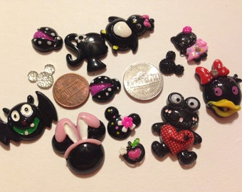 13 Black Mix, Bat, Penguin, Frog, Duck, Kitty,Cell Mixed Cabochons, flat back, resin, crafts, scrapbook, Jewelry, hair bow, Cell Phone Bling