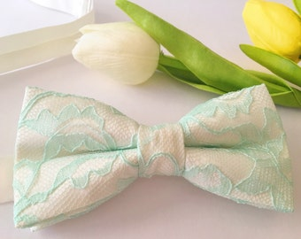 Mint Bow Tie - Ivory and mint lace Bow Tie - Mint lace Bow Tie - Mint Men's Bow Tie - Mint to be bow tie