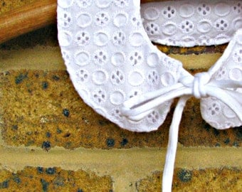 Detachable,  white madeira, broderie anglaise Peter Pan collar