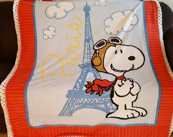 Snoopy Cuddle Fleece Throw