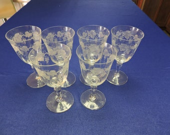 Vintage set of 6 Etched Wine Glasses with Grapes and Vines
