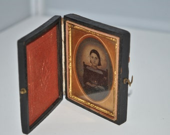 Daguerreotype 1/9 Plate of a Nicely Dressed Attractive Younger Girl or Child