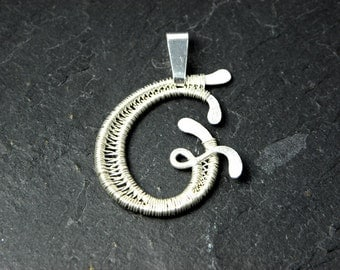 Letter G Pendant Initiale for Women in Sterling Silver