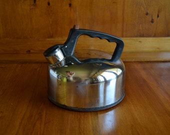 Vintage Singingj Tea Kettle