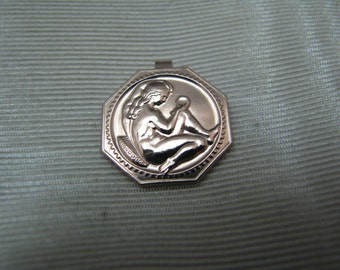 Lovely 9 k Rose Gold Pendant with a Repousse Lady