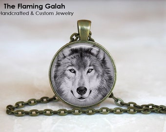 WHITE WOLF Face Pendant •  Game of Thrones Wolf • Gift Under 20 • Made in Australia (P0317)