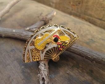 vintage gold tone damascene multi-colored fan brooch