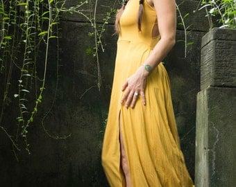 Long Maxi Dress Priestess in Goldenrod