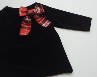 Black velvet holiday swing top
