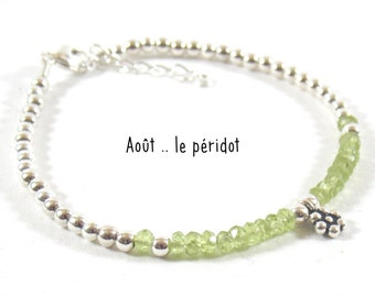 Born in august péridot. Give her the stone of month of birth on a pretty silver bracelet 925.