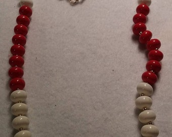Vintage Red, White and Gold Tone Beaded Necklace