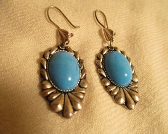 Vintage sterling silver and turquoise pierced earrings