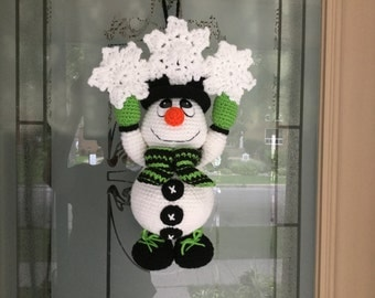 Snowman Door Hanger Crochet Pattern Tutorial - Amigurumi Snowman - Plush Snowman - Holiday Decor - Instant Download PDF Pattern