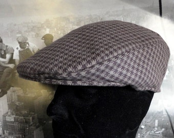 Hounds tooth flat cap in mauve/grey, flat caps for men, hats for men