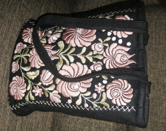 Hand embroidered Hungarian Matyo Kalocsa purse / bag , Matyo pink embroidery , ethnic shoulder bag