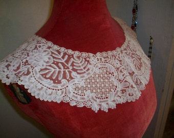 Antique lace collar Point de Gaze mixed lace 1800s antique lace Brussels