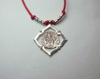 Fiorino necklace