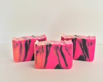 La Juicy Handmade Soap