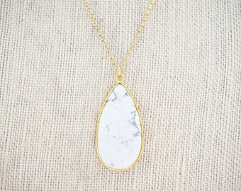 White Marble and Gold Pendant Necklace