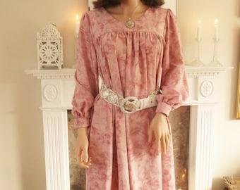 Unused Vintage 1970S Pink floral Smock Dress Faux silk Dress Boho Dress Summer Dress Hippie dress Maternity dress Pale pink dress Pastel