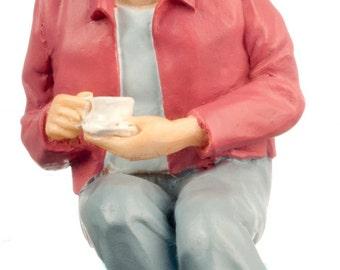 DOLLHOUSE MINIATURE Dolls Grandma Linda In Pink Shirt #A4338PK
