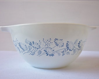 Colonial Mist Pyrex Cinderella Bowl #441