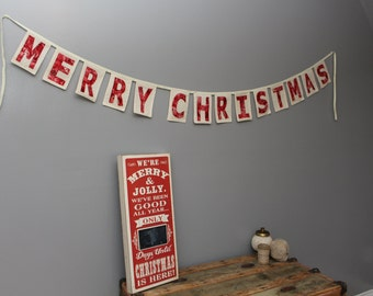 Merry Christmas Banner in Reds/Christmas Decor/Christmas Mantle Decor
