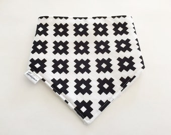 White with Balck Geo Bandana Bib