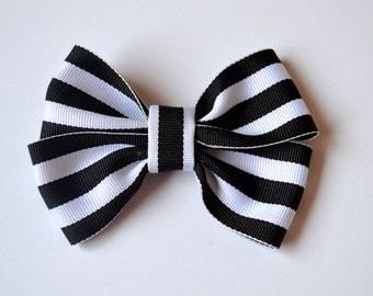 Double Stripe Bow Clip