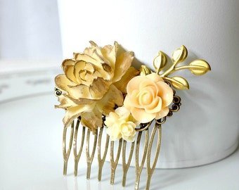 Flower Collage Hair Comb. Wedding Bridal Flower Hair Comb. Bridesmaid Hair Comb. Ivory Gold Hair Comb. Cream Beige Peach Bridal Hair Comb.