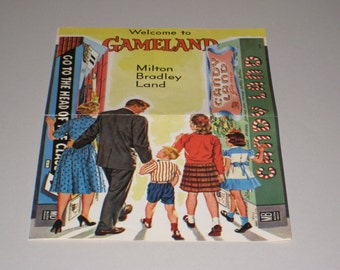 "Vintage 1960s Milton Bradley ""Welcome to Gameland"" Game Insert Brochure"