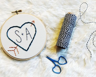 Valentine's Day Embroidery Hoop Art - Heart with Initials and Arrow Embroidery in 5-inch Hoop - Newlyweds - Wedding - Anniversary - Love