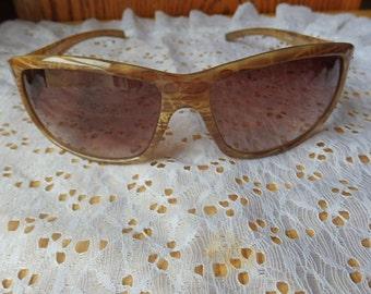 Foster Grant  Ladies Fashion Sunglasses Vintage Foster Sunglasses Good Shape
