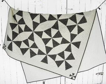 Double bed / kaleidoscope quilt / lap quilt / throw quilt