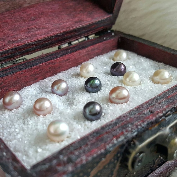 Open an Oyster with Pearl - Akoya Saltwater Oyster, Pearl Party ... Open Oyster Shell With Pearl