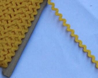 1 yard or more Yellow Ric Rac trim - Yellow trim - Yellow Ric Rac sewing notion