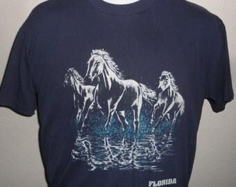 Vintage Original 1990s FLORIDA USA Wild Horses Running Beach Scene Super Soft T Shirt L
