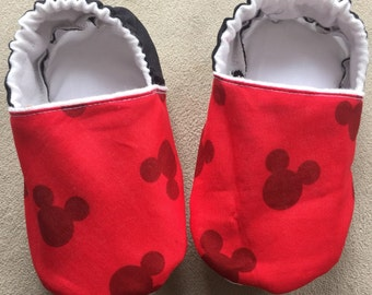 Mickey mouse baby booties, shoes, crib shoes, slippers, Disney, minnie, infant