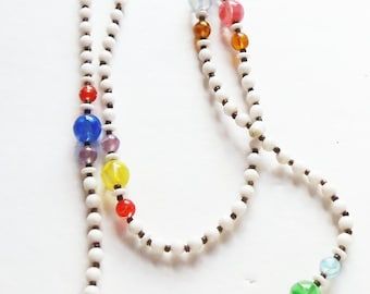 White Glass Bead Necklace Vintage 1940