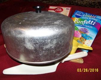 Vintage Aluminum Cake Cover, Aluminum Round Cake Topper, Metal Cake Lid, Retro Cake Cover