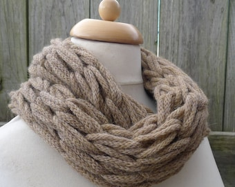 Merino Snood: beige