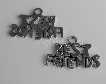10 Best Friends Words Tibetan Silver Charms (609)