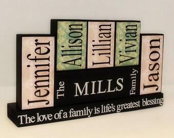 Personalized Block Home Decor - Family Members Name Blocks - Wooden Blocks - Housewarming Gift - Family Names blocks - Family menbers sign