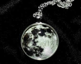 Moon Pendant 38mm